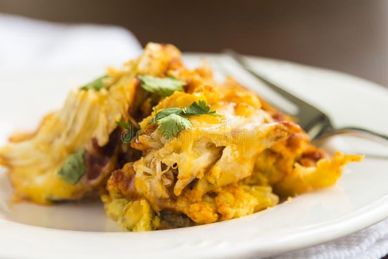 Download Сотейник тамале цыпленка стоковое фото. изображение насчитывающей еда - 33728846