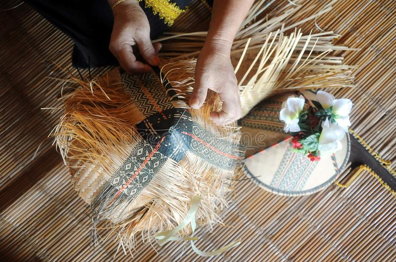 Соткать sirung Papar стоковая фотография