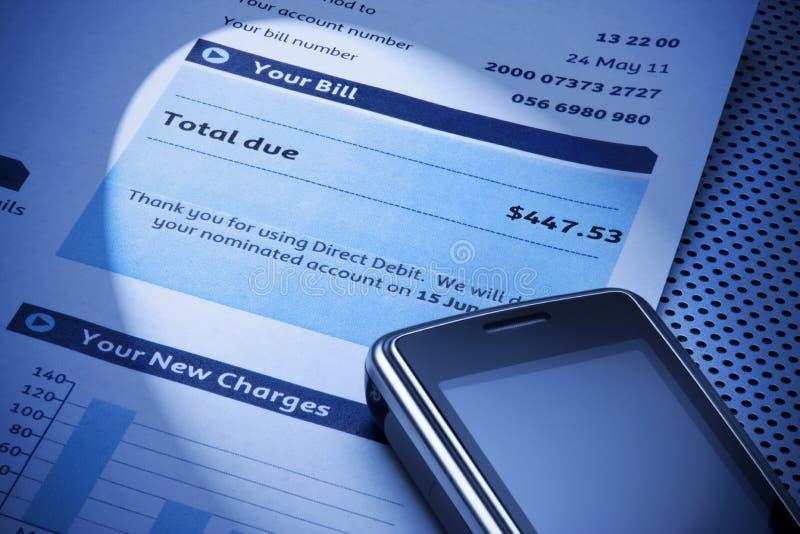 сотовый телефон счета стоковое изображение rf