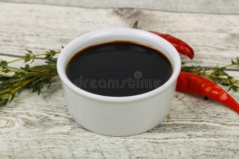 Соус сои в шаре стоковое фото rf
