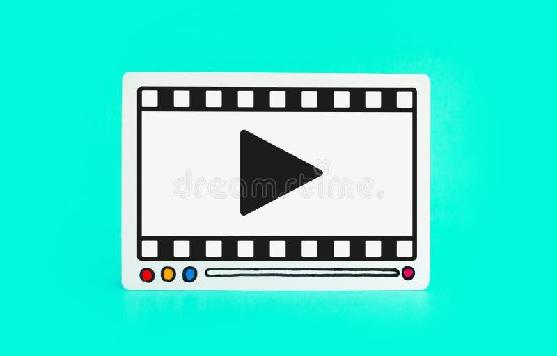 Социальные развлечения и онлайн выходя на рынок концепции с fram видео- фильма на красочной предпосылке цифровой отклонять бесплатная иллюстрация