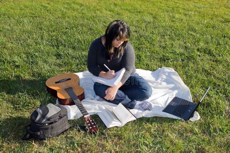 сочинитель песни певицы стоковое изображение rf