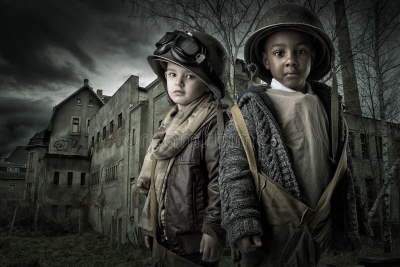 Солдаты мальчика стоковые фото