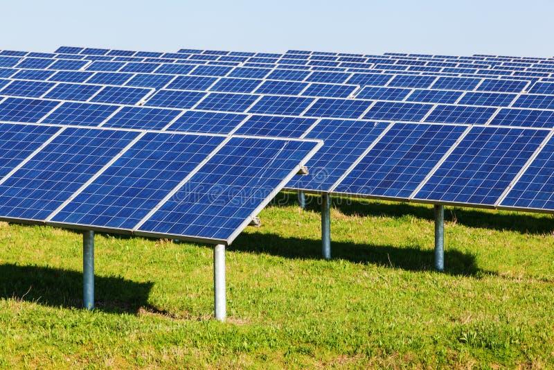 Солнечные коллекторы стоковые фото