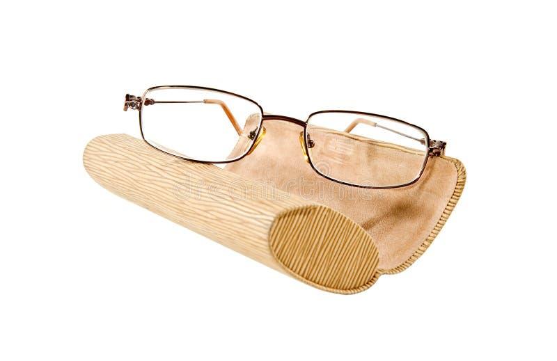 Солнечные очки и случай eyeglass стоковая фотография rf