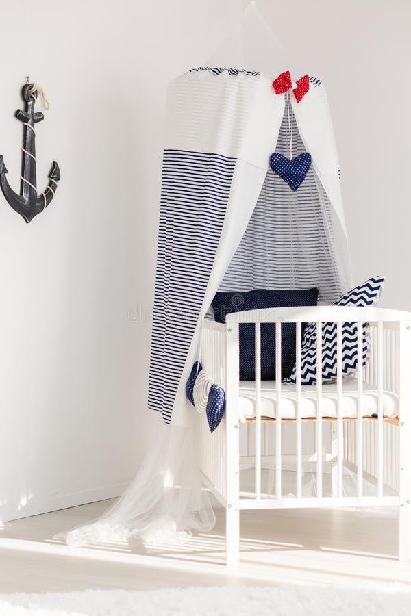 Солнечный угол newborn морской комнаты стоковые изображения