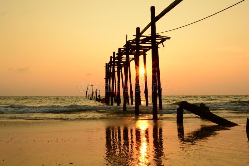 Солнце Дун Asanee на горизонте стоковое фото