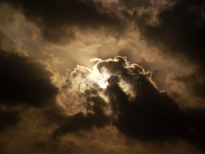 солнце элемента конструкции облаков стоковые изображения