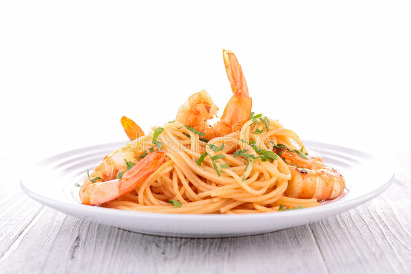 Спагетти и креветки стоковое фото