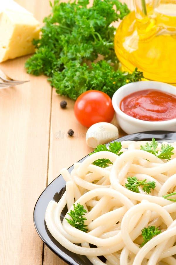 спагетти макаронных изделия ингридиента еды стоковая фотография