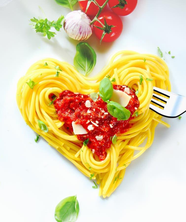 спагетти сердца форменное стоковая фотография rf