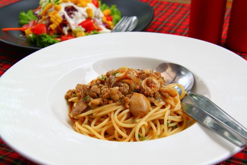 Спагетти с соусом гриба стоковая фотография