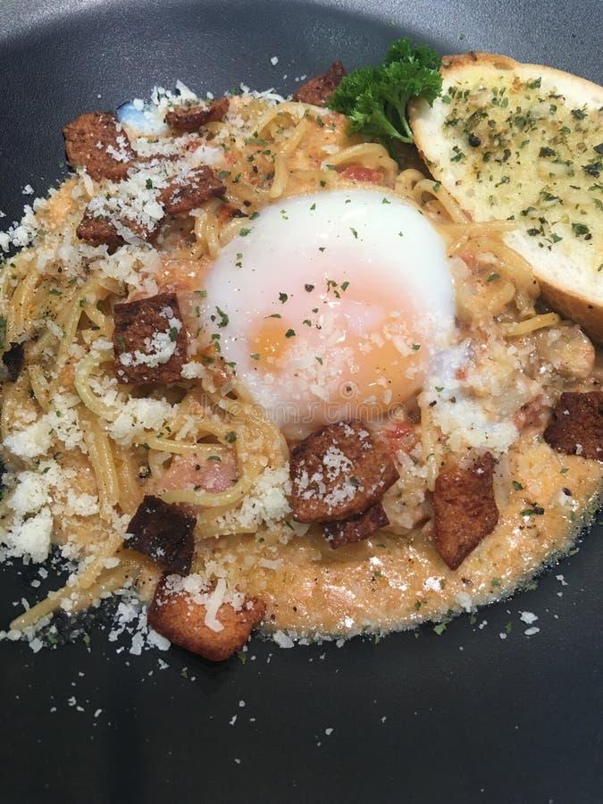 Спагетти с спелым вкусом стоковые изображения