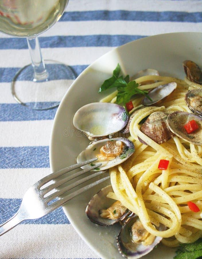 спагетти clams стоковая фотография rf