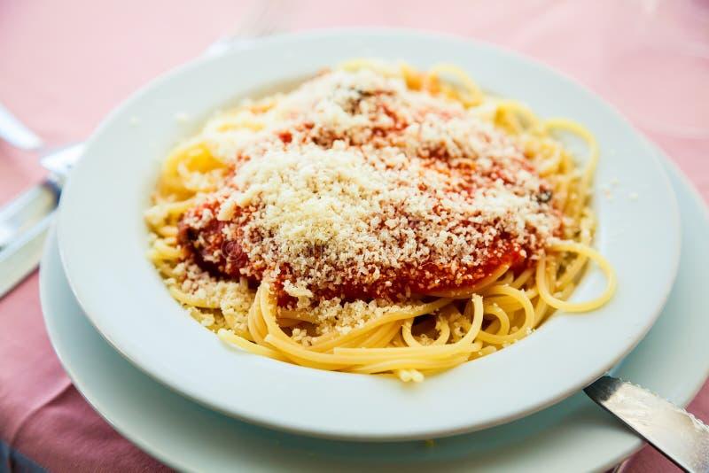 Спагетти Napolitana конца-вверх стоковое изображение rf