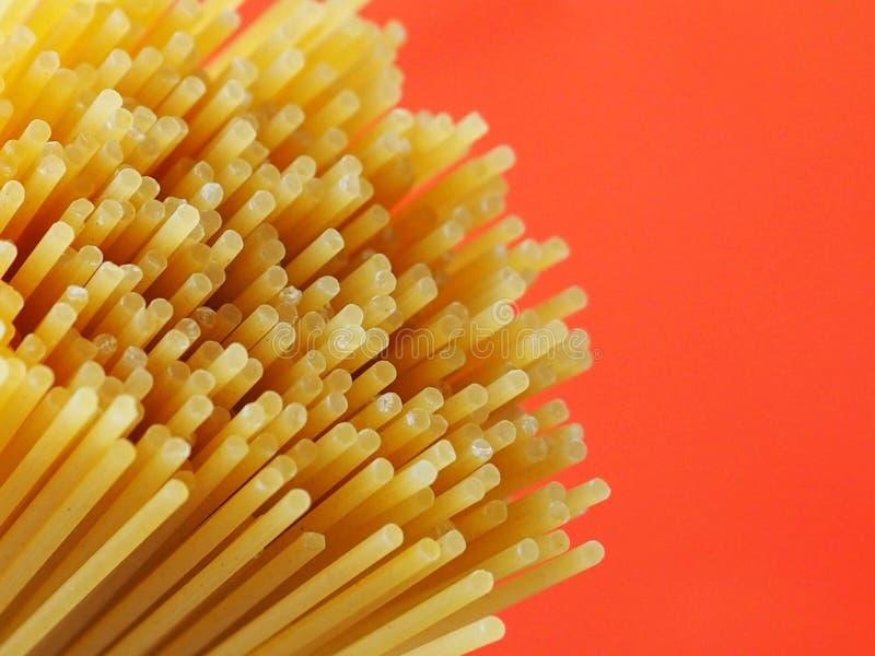 спагетти uncooked стоковое фото