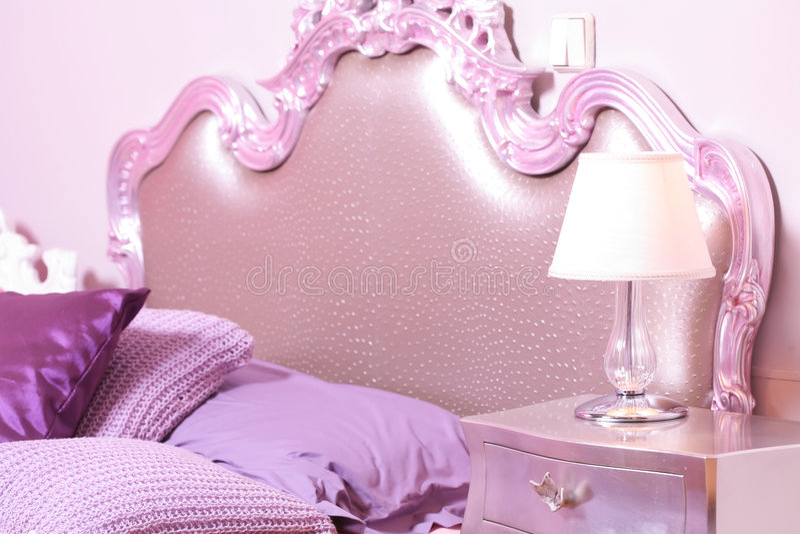 спальня подняла стоковая фотография rf
