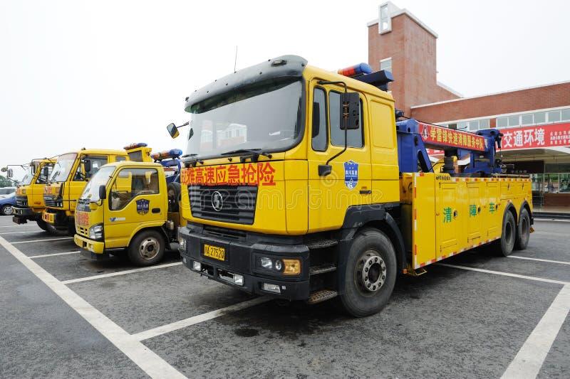 Спасательные средства аварийной ситуации скоростной дороги стоковые фото