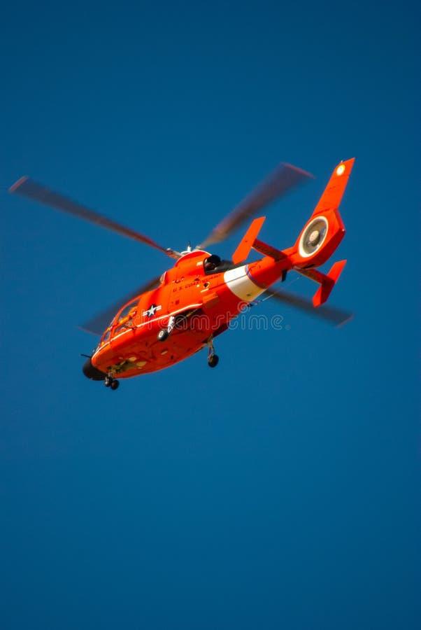 спасение вертолета службы береговой охраны мы стоковое фото