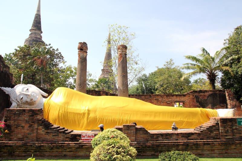 Спать Будда на Ayutthaya, Таиланде стоковые фото