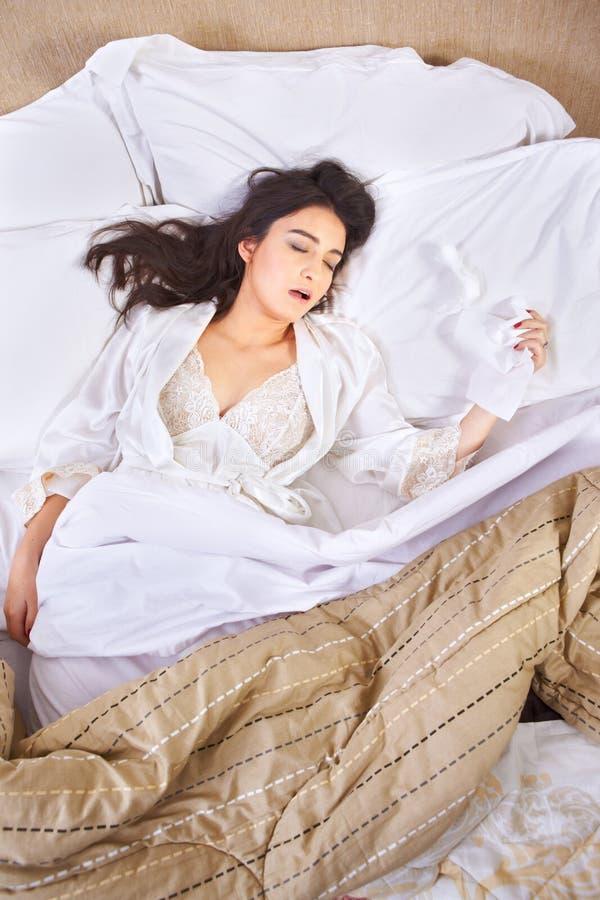 Спать когда уловленный грипп стоковое изображение rf