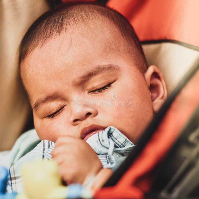 Спать мальчика стоковое фото rf