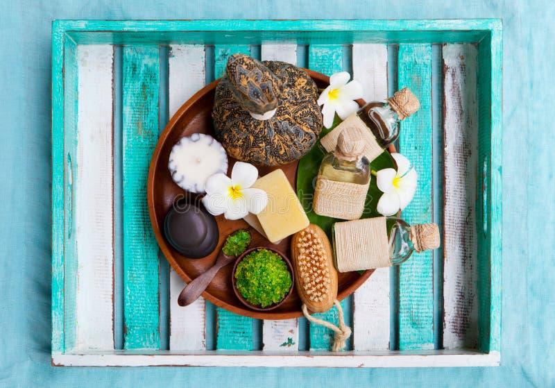 Спа и установка массажа здоровья Красочная деревянная предпосылка r r стоковое изображение