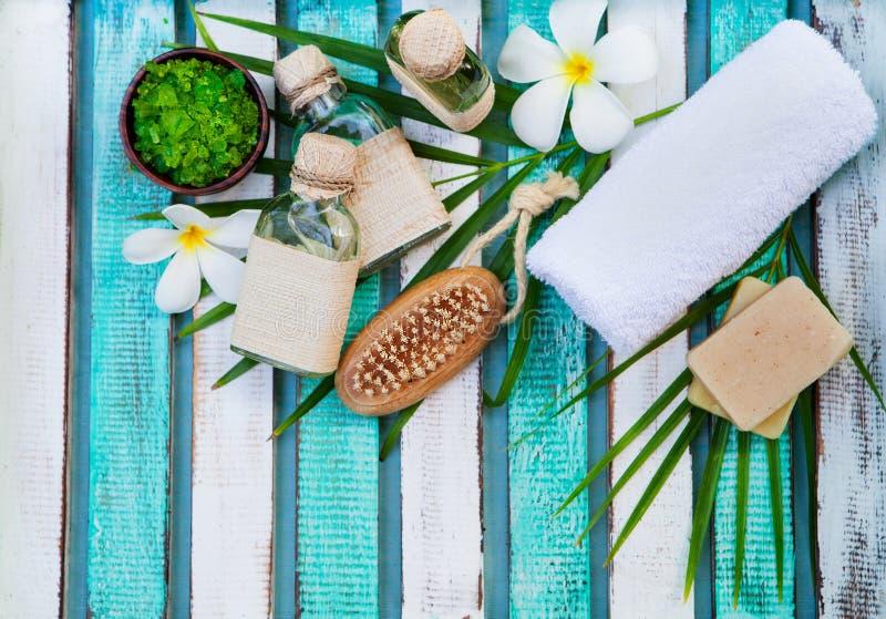 Спа и установка массажа здоровья Натюрморт с цветком r r стоковые фотографии rf