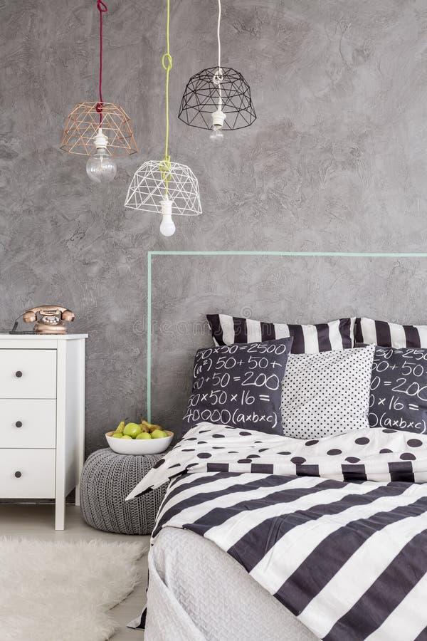 Спальня в идее современного стиля стоковое изображение rf