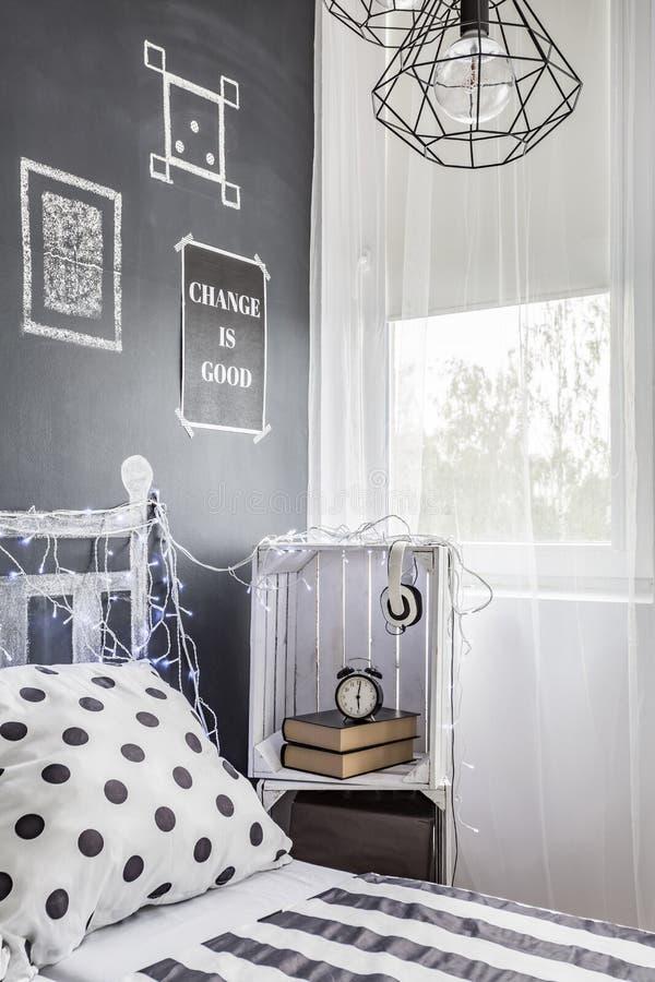 Спальня с духом молодости стоковая фотография rf