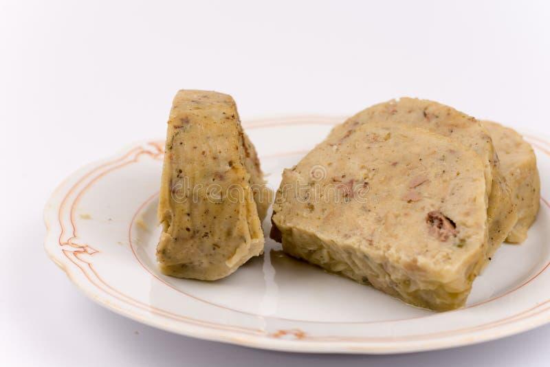 Специальность куриной печени отрезанная на плите стоковая фотография rf