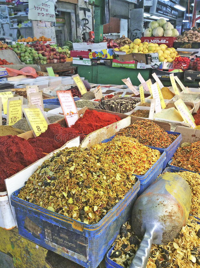 Специи в рынке Carmel, Тель-Авив стоковые изображения