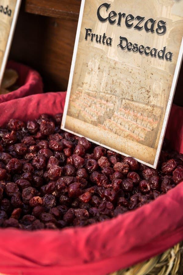 Download Специи, семена и чай продали в традиционном рынке в Гранаде, S Стоковое Изображение - изображение насчитывающей chili, тарелка: 40582835