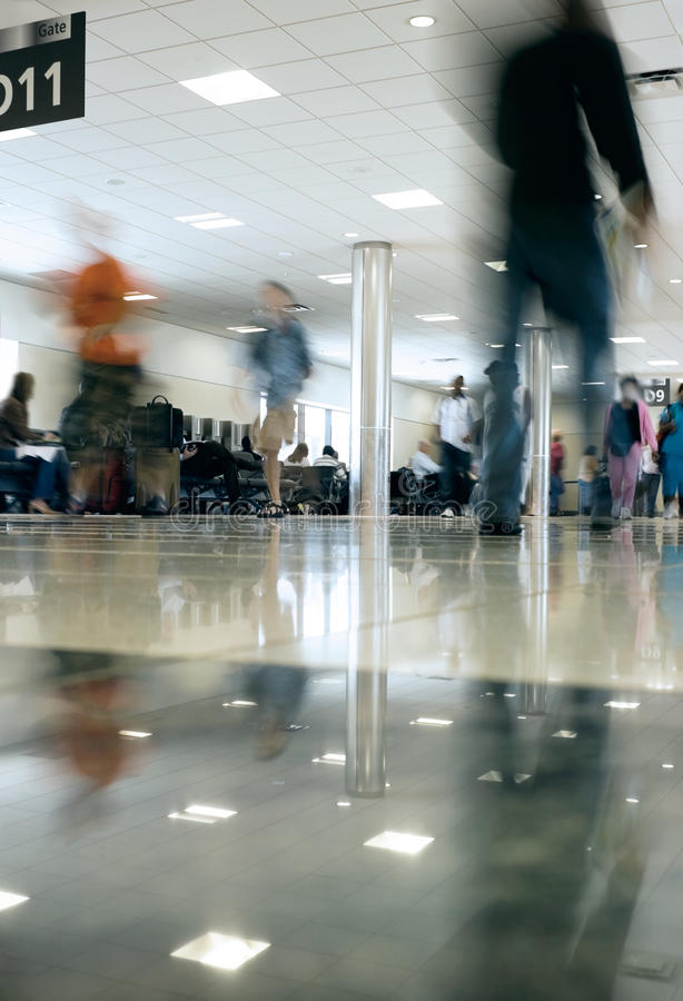 спешить людей конкурса авиапорта стоковая фотография rf