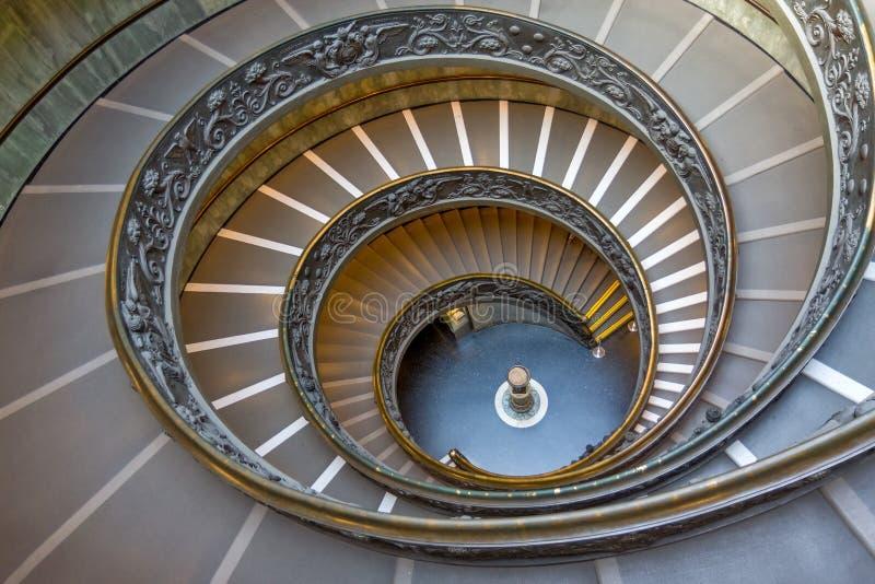 Спиральные лестницы музеев Ватикана, государство Ватикан, Италия стоковое изображение rf