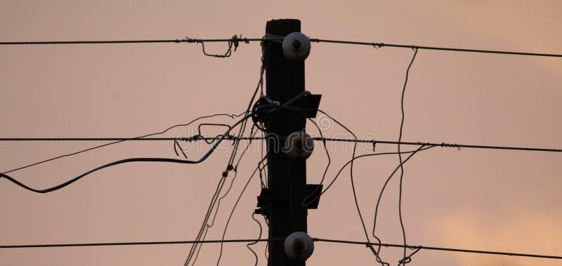 Списки избирателей электричества в вечере стоковое изображение rf