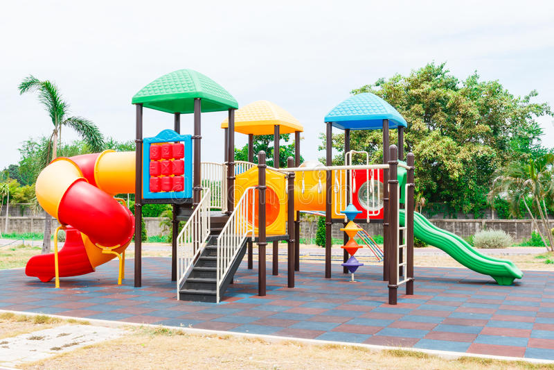 спортивная площадка s детей стоковая фотография