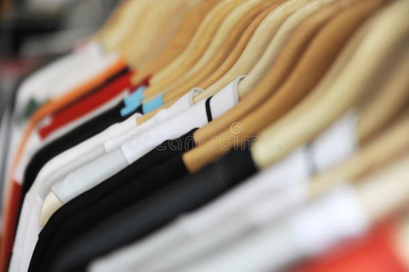 Download спорты рубашек стоковое фото. изображение насчитывающей красно - 6854674