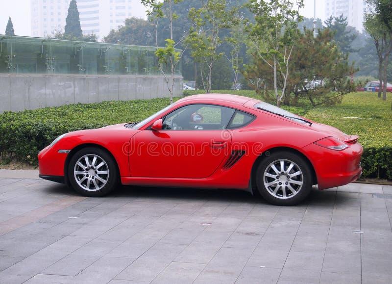 спорт красного цвета Порше автомобиля стоковые фотографии rf