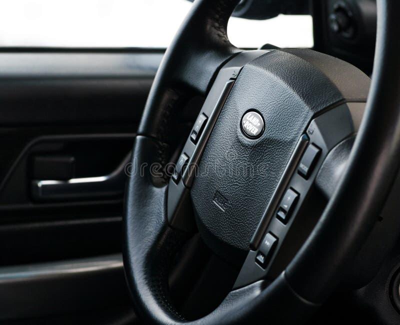 Спорт 5 Land Rover Range Rover 0L V8 Supercharged Руль современного роскошного автомобиля престижности класса автомобиля сделанно стоковые изображения rf