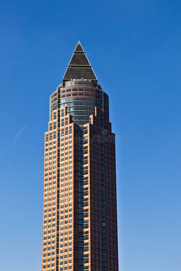 справедливая башня messeturm frankfurt стоковая фотография