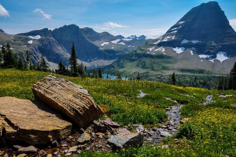 Спрятанный след озера, национальный парк ледника, Монтана, США стоковые фото