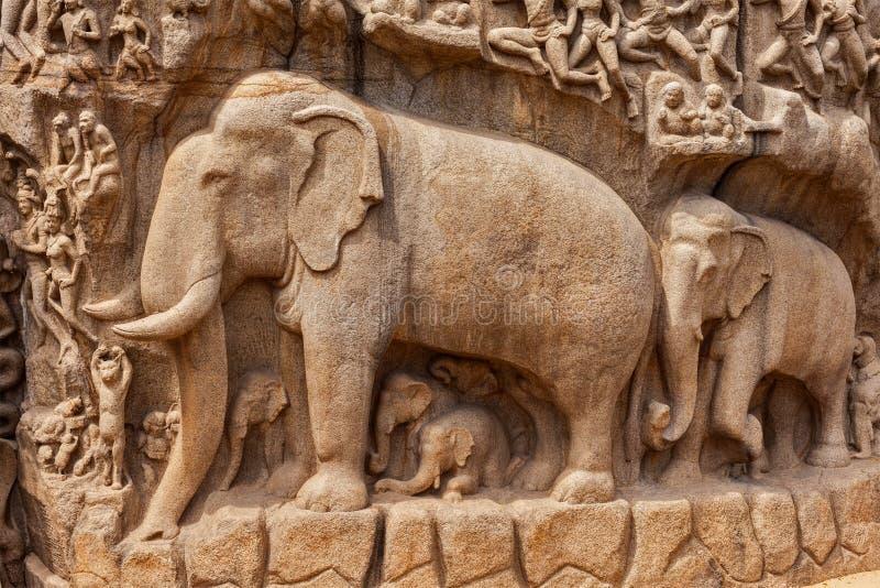 Спуск епитимии Ганга и Arjuna, Mahabalipuram, Тамильского языка стоковые фотографии rf