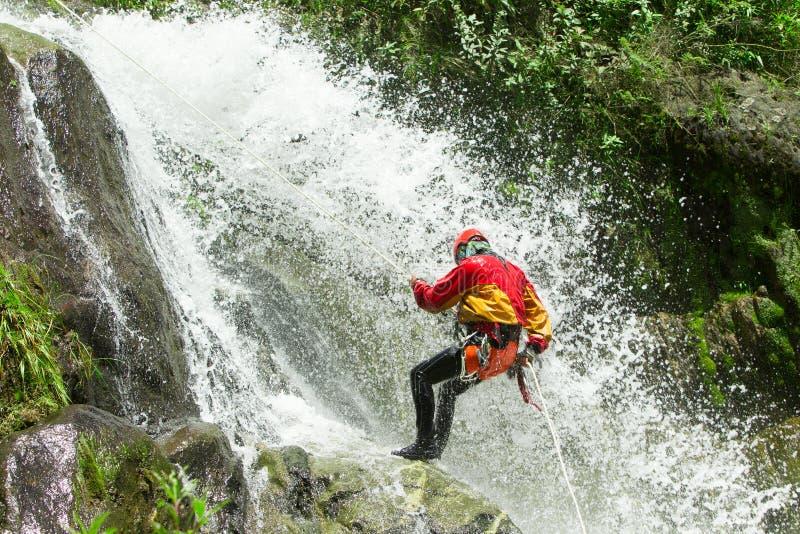 Спуск Chamana водопада стоковое фото rf