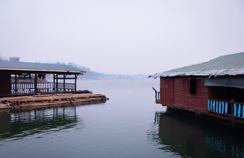 Сплоток на Sangkhlaburi стоковая фотография rf