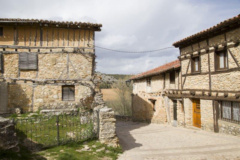 Средневековая деревня Calatanazor в Сории стоковая фотография rf