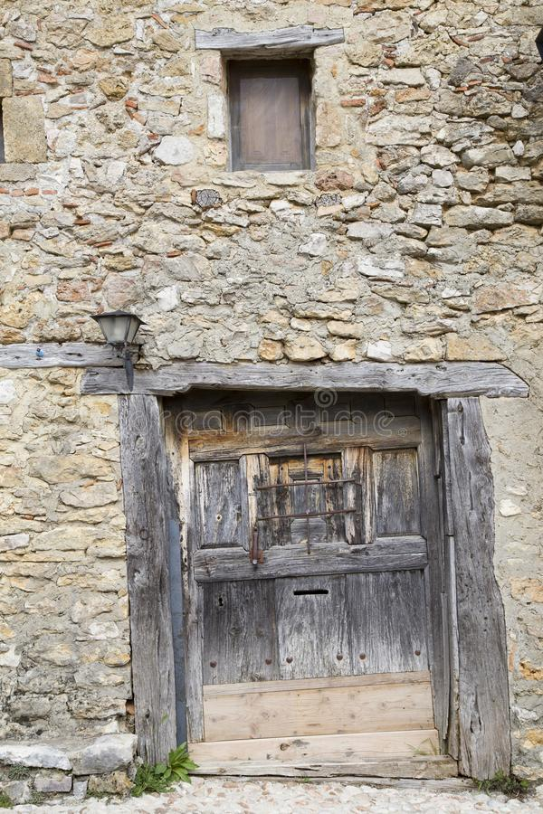 Средневековая деревня Calatanazor в Сории стоковые изображения rf