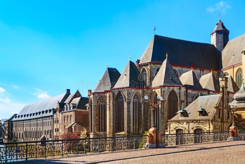 Средневековая церковь St Michael в Генте, Бельгии стоковое изображение