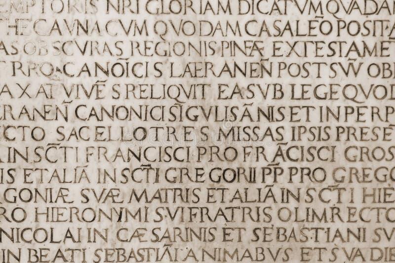средневековое католической надписи латинское стоковое изображение rf