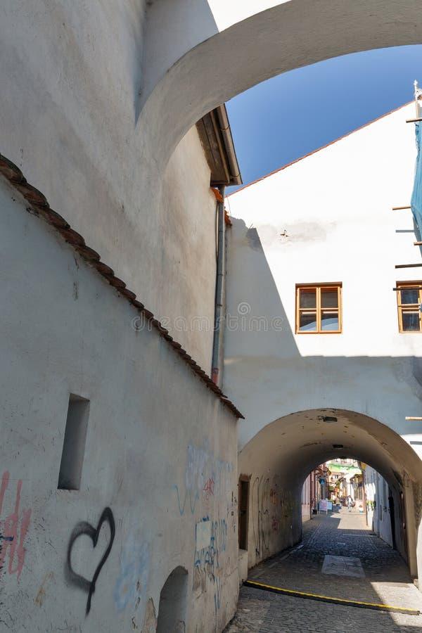 Средневековые стены музея тюрьмы Miklus в Kosice, Словакии стоковая фотография rf